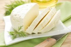Вся польза в брынзе: чем полюбился румынский сыр всему миру?