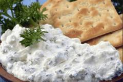 Тающий во рту сыр Альметте для закусок и десертов
