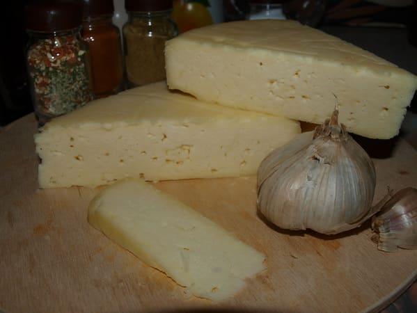 Что такое сычужный сыр
