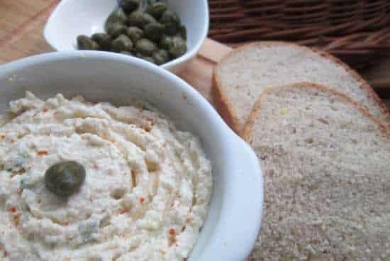 липтовский с хлебом