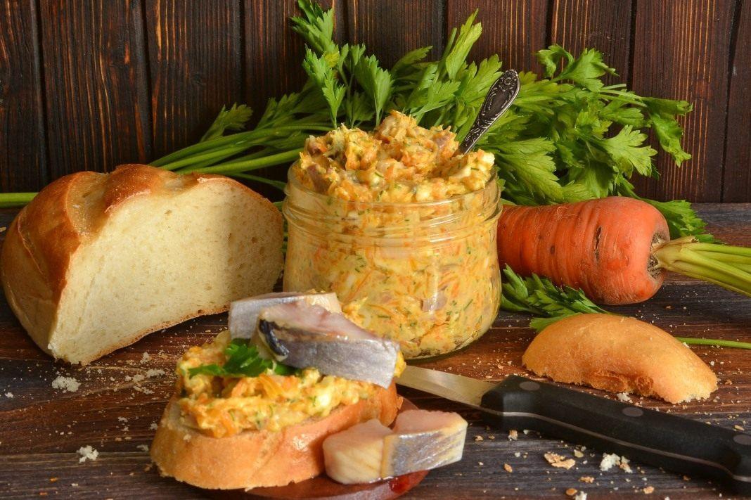 Селедка с плавленым сыром - топ домашних рецептов