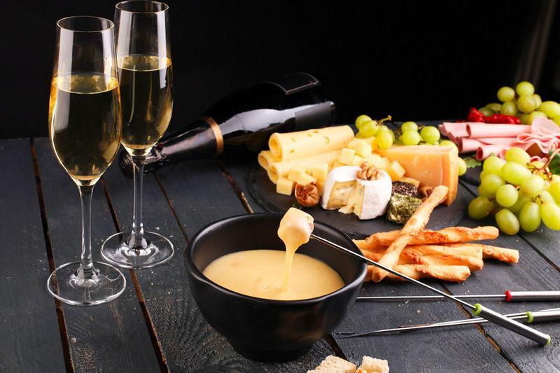 Сыр и шампанское – вся Франция в одном сочетании